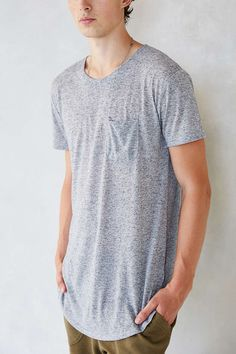 Feathers Short-Sleeve Curved Hem Tee