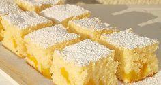 Canned Peaches Fanta Cake Greek Sweets, Greek Desserts, Greek Recipes, Baking Recipes, Cake Recipes, Dessert Recipes, Kolaci I Torte, Croatian Recipes, Christmas Desserts