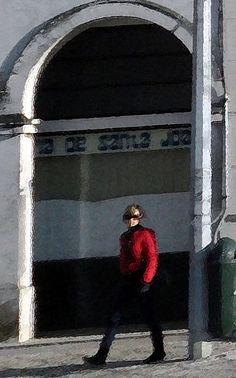 Red Coat Girl / Aveiro