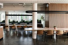 Meanwhile in Melbourne features the best in local architecture,interior design, furniture and lighting. Interior Columns, Cafe Interior Design, Cafe Design, Interior Architecture, Interior Ideas, Communal Table, Dining Tables, Rm 1, Bar Design Awards