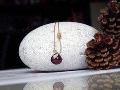 He encontrado este interesante anuncio de Etsy en https://www.etsy.com/es/listing/250636385/plum-berry-amethyst-and-citrine-necklace