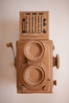has a nice little switch. Cardboard Camera, Paper Camera, Cardboard Sculpture, Cardboard Crafts, Art Projects, Projects To Try, Diy And Crafts, Arts And Crafts, Thinking Outside The Box