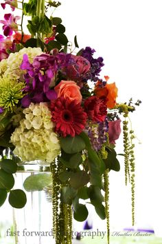 wedding photography table centerpiece flower arrangement summer flower arrangement wedding flowers florist