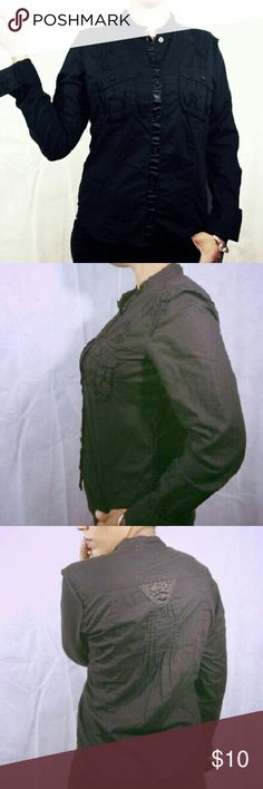 H&M French Cuff Black Button Down Top H&M French Cuff Black Button Down Top Great for work! Size M fitted satin lining where the buttons go in Some fading in the black due to washing Great attention to detail with this top! Tags: Boho, Gothic. Grunge. H&M Tops Button Down Shirts