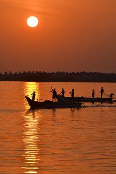 Sun in Chennai, India. color scheme right here