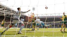 Timm Klose goal