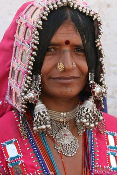 I grew up in a neighborhood with the Lambadis (Indian Gypsies in India) as our neighbors ... fascinating people!  Good thing I was on their good side!