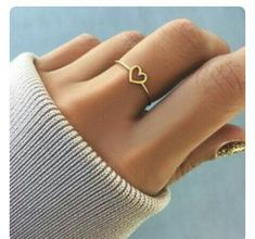 verlobungsring herz Fashion Exquisite Hollow-out Love Heart Ring Super Cute Charm Mama Women Accessories Gifts - Hebedress - Cute Jewelry, Jewelry Box, Women Jewelry, Fashion Jewelry, Jewlery, Silver Jewelry, Jewelry Ideas, Jewelry Stores, Gold Fashion