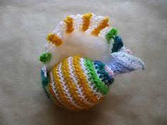 Math & Crochet - biomathcraft: A Proper Pattern for a Fibonacci Seashell