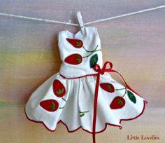 BLYTHE-or-PUILLIP-Doll-Dress-OOAK-Sweet-Strawberry-featured-dress