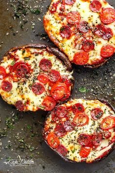 Portobello Pizzas have ALL the flavours of a GOOD pizza without the guilt! These pizzas are quick and easy to make, low carb and ready in 10 minutes!