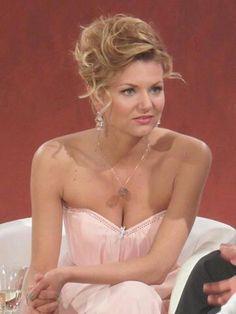 Endlich nackt fotos ella Ella Endlich: