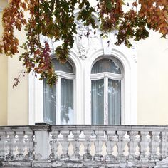 「Well hello fall. Finally seeing you around the town  #happyfriday #Belgrade」