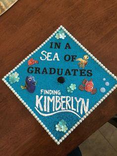 15 Graduation Cap Decorating Ideas For Every Disney Fan Disney Graduation Cap, Funny Graduation Caps, Graduation Cap Designs, Graduation Cap Decoration, Graduation Diy, Kindergarten Graduation, Graduation Outfits, Graduation Presents, Graduation Quotes