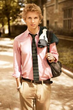 pink OCBD and gray knit tie