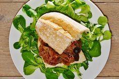 #panino #vegano con #caponata  di #melanzane #spassofood #cucinadapasseggio