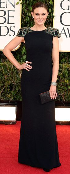 Emily Deschanel wowed in a Badgley Mischka jet crepe column gown with deco beading detail at the shoulder