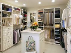 Closet Walking Closet Design, Pictures, Remodel, Decor and Ideas - page 69 Walk In Closet Small, Walk In Closet Design, Closet Designs, Wardrobe Design, Bedroom Designs, Dimension Dressing, Walk In Closet Dimensions, Organizar Closets, Closet Walk-in