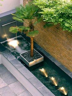 courtyard garden hampstead courtyard g - gardencare Modern Landscaping, Outdoor Landscaping, Outdoor Gardens, Garden Pond Design, Landscape Design, Modern Water Feature, Fish Ponds, Water Features In The Garden, Ponds Backyard