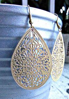 Gold Filigree Earrings. Dangle Earrings. Gold Jewelry. Gold Hoop Earrings. Gold Metal Earrings. Boho on Luulla