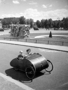 Robert Doisneau // Mr Guinot, Président des aveugles de France au volant de son cyclo-car, c. 1950.