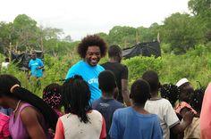 Stewart Sukuma, UNICEF Goodwill Ambassador, visits flood victims in Mozambique...© UNICEF Mozambique/Naysan Sahba