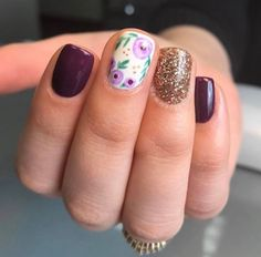 What Christmas manicure to choose for a festive mood - My Nails Shellac Nails, Diy Nails, Nail Polish, Glitter Nails, Love Nails, How To Do Nails, Pretty Nails, Nail Art, Manicure E Pedicure