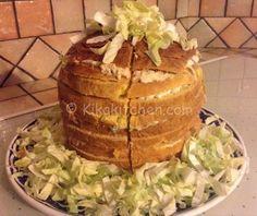 Il Panettone Gastronomico è il re delle feste per bambini o delle grandi riunioni di famiglia. Preparalo in casa è facile e può essere farcito in mille modi…