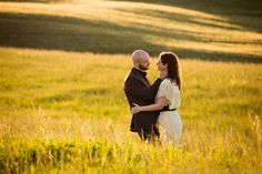pre-wedding shooting in fields of Val d'Orcia, Tuscany