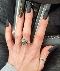 #nails #gelnails #acrylicnails #coffinnails #mattenails #nudenails #glitternails #nailart