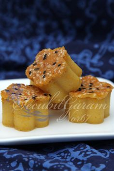 Secubit Garam: BINGKA LABU LEMAK MANIS Recipe Using Pumpkin, Muffin, Sweets, Breakfast, Desserts, Recipes, Food, Morning Coffee, Tailgate Desserts