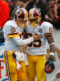 Washington Redskins quarterback Kirk Cousins congratulates wide receiver  Leonard Hankerson after a touchdown pass in the first quarter of an NFL  football ... 8056eef43