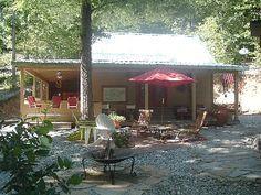 VRBO.com #325354ha - Caddo River Cabin, Near Lake Ouachita/ Hot Springs Outdoor Kitchen Hot Tub
