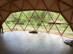 I wonder what type of flooring this is? Monolithic Dome Homes, Geodesic Dome Homes, Bamboo Architecture, Architecture Design, Casa Octagonal, Tree House Accommodation, Yoga Studio Design, Dome House, Meditation Space