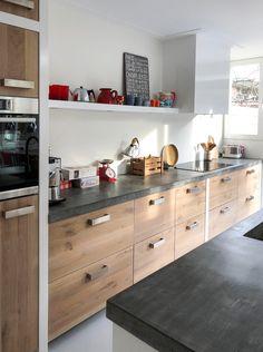 Emma's Kitchen, Concrete Kitchen, Kitchen Benches, Home Decor Kitchen, Kitchen Furniture, Home Kitchens, Country Kitchen, Kitchen Cabinets, Industrial Kitchen Design