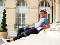 """Ozio, votre coach textile... on Instagram: """"Le calme avant la tempête 💨🌊 Rejoignez la #TeamOzio sur www.ozio.eu 📷 @y0t4b1k3 👕 Maillot «Dédale» 👖 Corsaire léger - - - - - - -…"""" Hot Men, Hot Guys, Cycling Wear, Textiles, Cyclists, Sportswear, Tights, Bicycle, Sporty"""