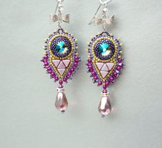 Bead embroidery Earring Seed bead jewelry Fashionable por Vicus