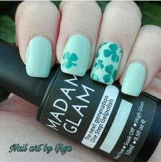 10 days until #stpatricksday! 25% Off our entire Spring Collection and polishes at snailvinyls.com. This fab manicure is by @nailartbygiga using our Clover Nail Art Stencils and our Clover Decals☘️ #nailart