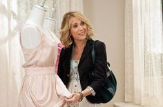 love kristen wiig's hair from Bridesmaids (ps great movie too!)