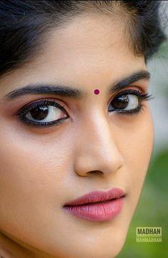 Beautiful Girl In India, Beautiful Girl Image, Beautiful Women, Beautiful Bollywood Actress, Most Beautiful Indian Actress, Cute Beauty, Beauty Full Girl, Bollywood Hairstyles, Indian Eyes