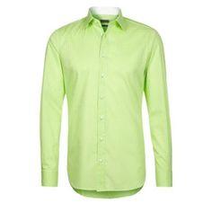 €56, Grünes Langarmhemd von Sir Oliver. Online-Shop: Zalando. Klicken Sie hier für mehr Informationen: https://lookastic.com/men/shop_items/93939/redirect