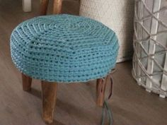 #Zpagetti #ottoman #mint    have to make two of these :-)