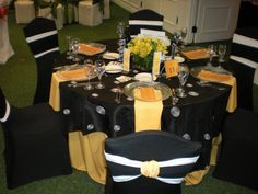 Black and Yellow Party, so fun!