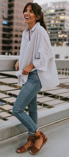 Find and save ideas about Street Style Looks on Women Outfits. Mode Outfits, Casual Outfits, Fashion Outfits, Casual Ootd, Street Style Looks, Looks Style, Spring Summer Fashion, Spring Outfits, Spring Style