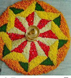 Rangoli Designs Simple Diwali, Simple Flower Rangoli, Rangoli Designs Latest, Rangoli Designs Flower, Free Hand Rangoli Design, Rangoli Border Designs, Colorful Rangoli Designs, Rangoli Ideas, Diwali Rangoli