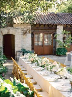 gorgeous outdoor reception. I love the look of this.