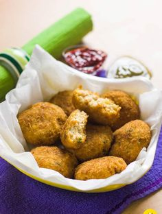 Paneer cutlets are beyond the horizon as these dainty items seldom come up on the restaurant menu. Paneer Recipe In Hindi, Paneer Recipes, Veg Frankie Recipe, Good Protein Snacks, Spiced Rice, Cutlets Recipes, Snack Recipes, Cooking Recipes, Green Chutney