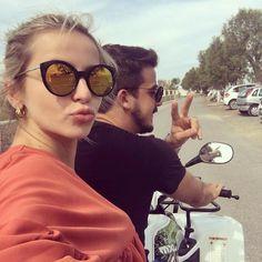 Clique da linda Vitória em Mykonos com seu Jazz & Co.  Modelo Julie  #soujazz #sunglasses #eyewear #jazzeco #shades #style #ootd