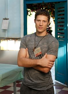 Dr Tommy Fuller (Zach Gilford), Off the Map. Hot Doctor.