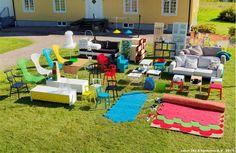 Colecţia IKEA PS (abreviere de la POST SCRIPTUM) este o declaraţie de design a companiei IKEA, care pune în evidenţă designul de mobilier suedez avangardist, fără a pierde din vedere trăsăturile unice ale companiei IKEA – accesibilitate, design de calitate pentru cei mai mulţi oameni.   Afla mai multe despre colecție aici:  http://IKEA.ro/IKEA_PS